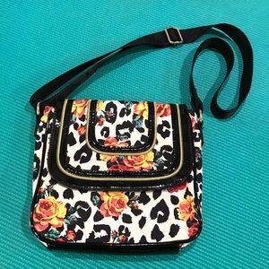 🌹Betsey Johnson crossbody bag